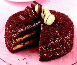 Tort_cu_crema_de_maracuja_si_ciocolata_neagra