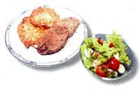 Friptura_de_porc_cu_ierburi_aromate_si_cartofi_cu_ou_si_usturoi