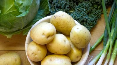 Cartofi brutaresti cu ceapa