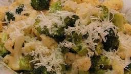 How_to_make_Roasted_broccoli_and_cauliflower_with_cheese