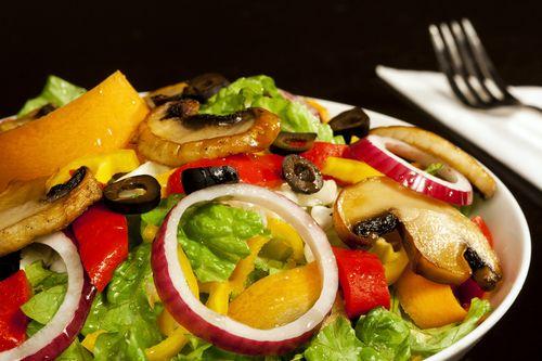 Cum se prepara Salată de pui