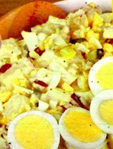 Salata_de_cartofi_cu_maioneza_si_iaurt