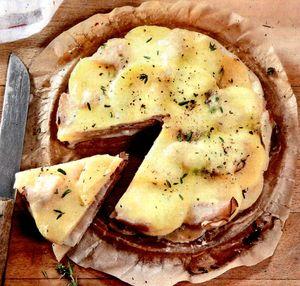 Tarta fina cu branza Camembert