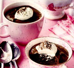 Spuma_de_ciocolata_cu_frisca_si_cafea