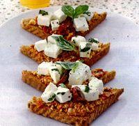 Tartine cu pasta de branza dulce