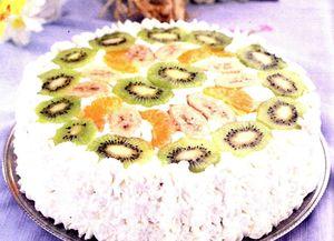 Tort cu piscoturi, kiwi si ananas