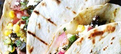 Tortilla_umplute_cu_pui_si_salata_de_legume_coapte_04