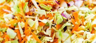 Salata de varza mozaic si morcovi