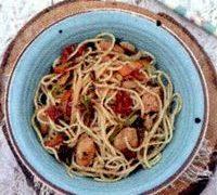 Noodles_cu_pui_si_legume