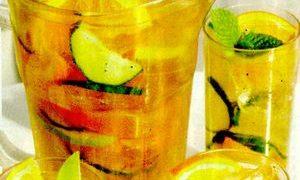 Cocktail_Sangria_alb_cu_portocale_si_mar_verde