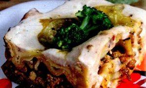 Lasagna_cu_carne_spanac_si_rosii