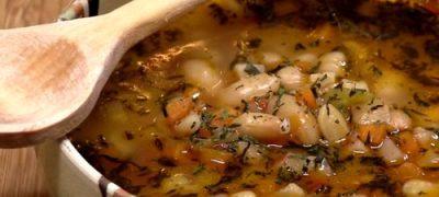 Ciorba de fasole cu tarhon
