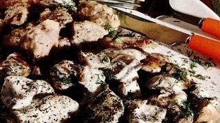 Porc_cu_ciuperci_si_smantana