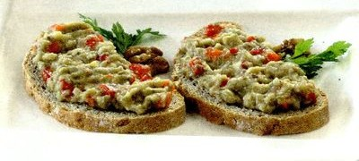 Salata de vinete cu ceapa verde
