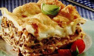 Lasagna_cu_sos_bechamel