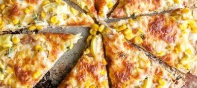 Pizza_cu_salata_de_porumb_si_dovlecei_04