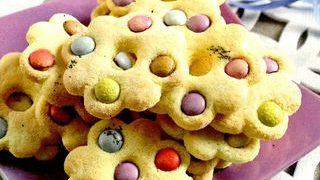Biscuiti colorati