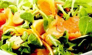 Salata_verde_cu_somon_afumat