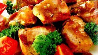 Carne de porc cu usturoi