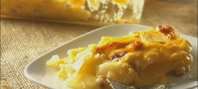 How to make Cheesy Au Gratin Potatoes (VIDEO)