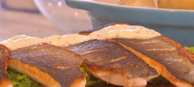 How_to_make_Sea_bass_with_pea_puree