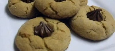 How to make Peanut Butter Blossoms