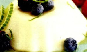 Reteta_budinca_de_vanilie_cu_fructe_de_padure