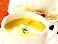 Supa de morcovi si ghimbir cu smantana
