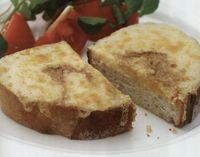 bread_with_cheddar