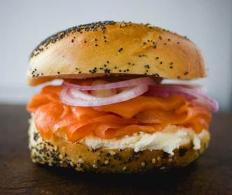 russ-and-daughters_bagel-an