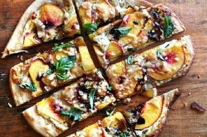 Peach-Pizza-1