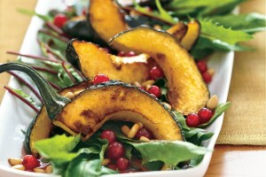 acorn-squash-with-currants-and-pine-nuts