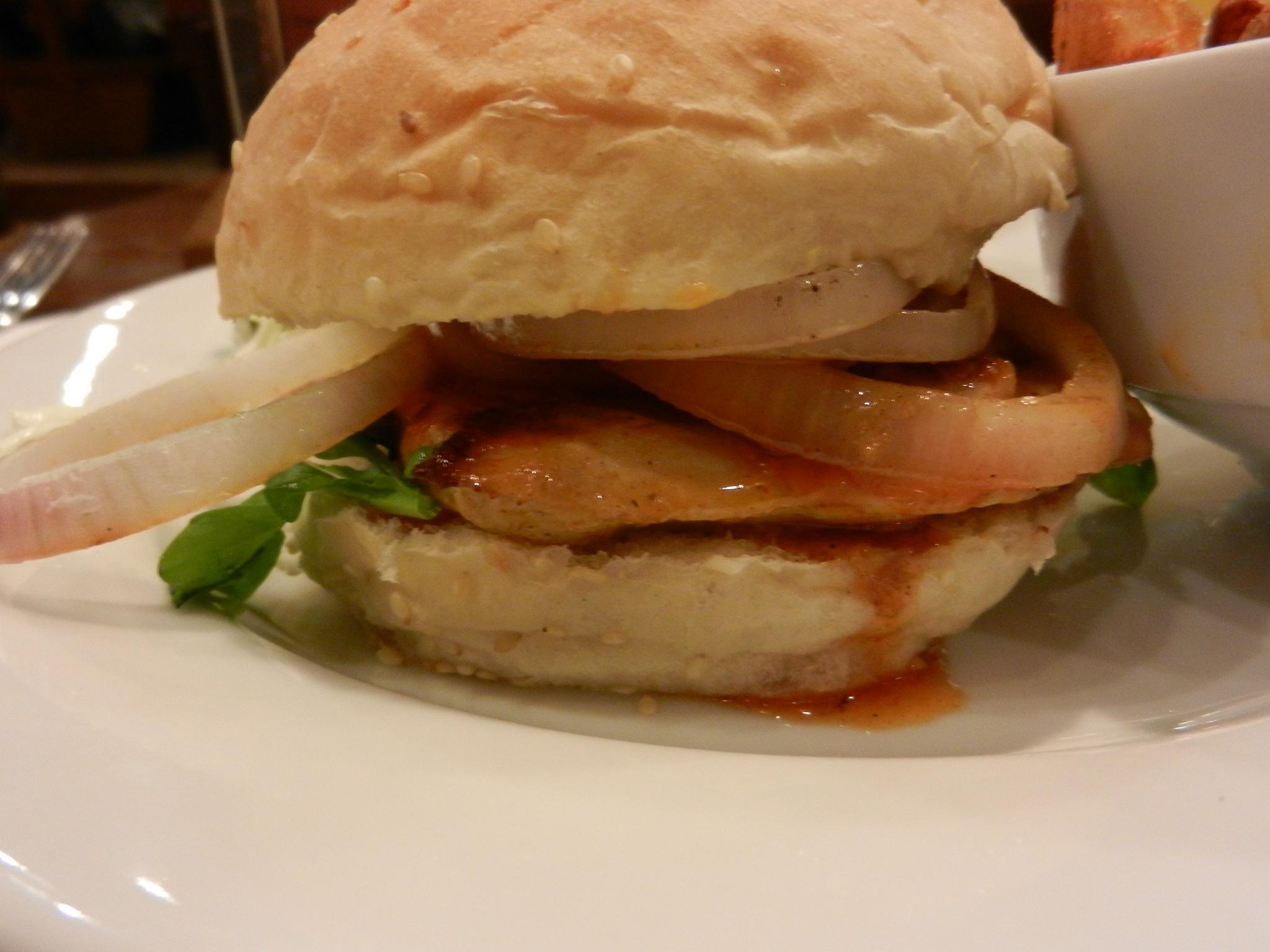 Nando's Gourmet Burger