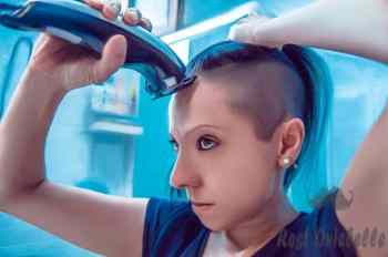 shave your head Using Clippers