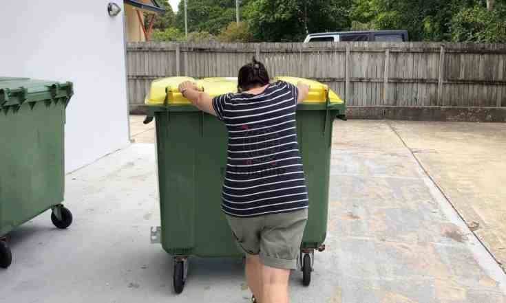 Pushing heavy Rubbish Bin