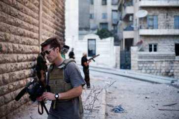 James Foley, il giornalista che raccontava la guerra, decapitato dal gruppo estremista ISIS