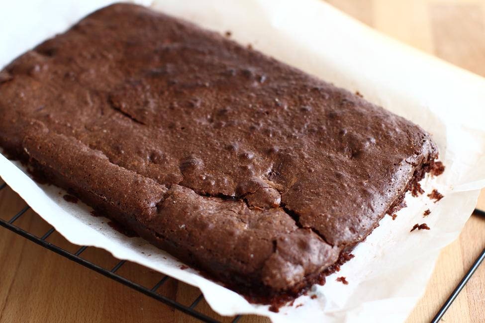 brownie coapta, reteta de brownie retetecalamamaro