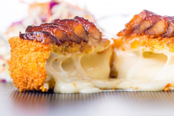 camembert-pane-cu-pere-caramelizate