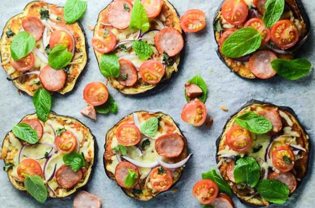 pizza-pe-blat-de-vinete