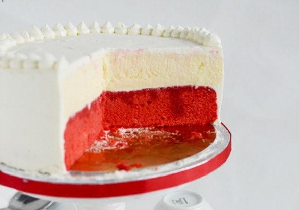 tort in doua culori