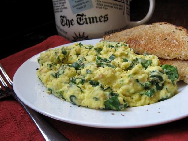 reteta vegetariana de omleta cu spanac