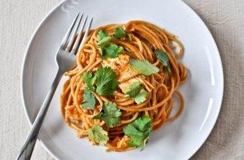 Reteta spaghete cu sos de usturoi