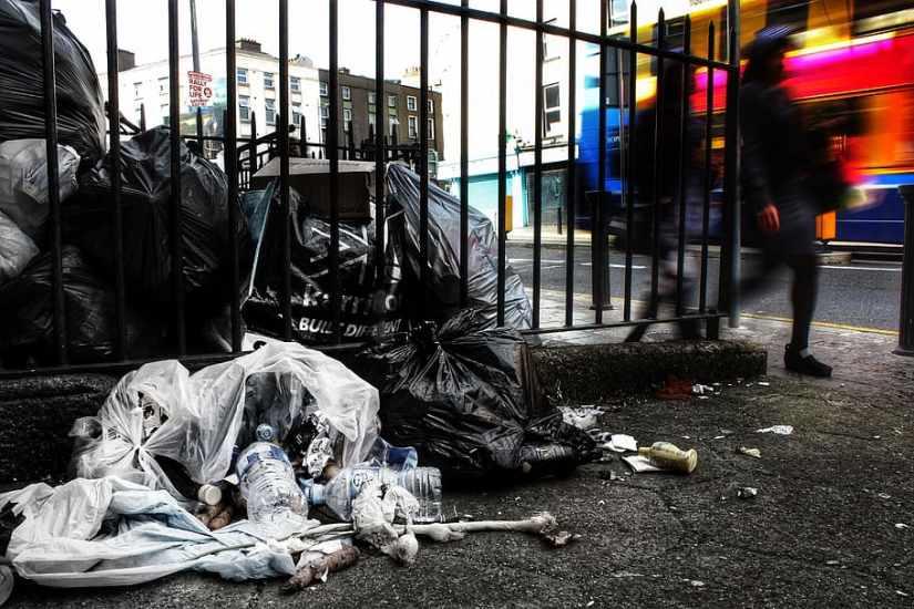 drumcondra-dublin-trash-garbage
