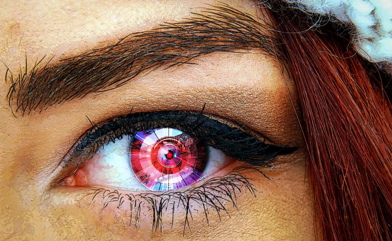Woman with digital contact lenses for diabetes