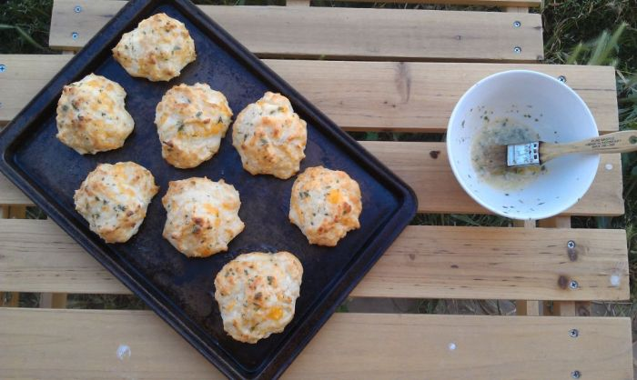 Cheddar-Bay-Biscuits-1