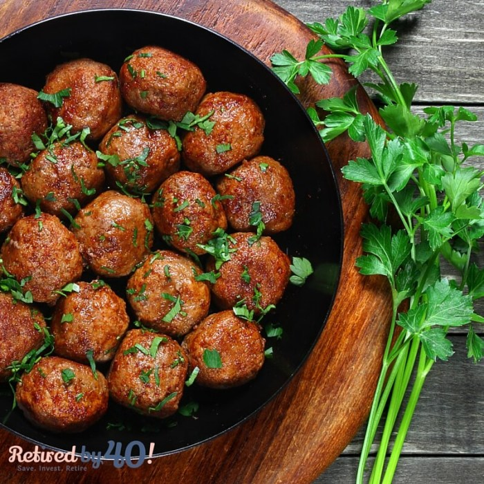 Sunday Funday: Slow Cooker Sweet Buffalo Meatballs