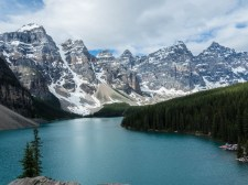Moraine Lake Valley of 10 Peaks