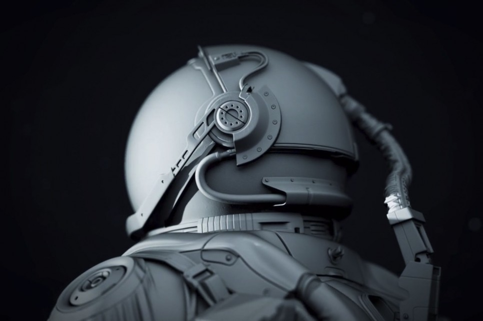 5_Retouching_Academy_LightFarmStudios_Astronaut_MainImage6_2000px-965x643
