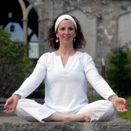mary green kundalini yoga retreat