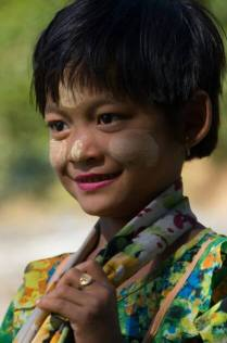 A beautiful girl with thanaka that we met in Mrauk U in January 2014.